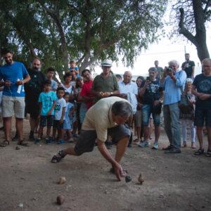 Πρωτάθλημα σβούρων για ενήλικες στο 10ο φεστιβάλ «Διαδρομές στη Μάρπησσα» το 2019.